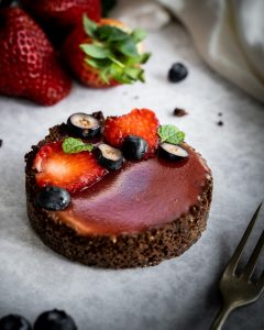 Strawberry balsamic tarts with custard filling